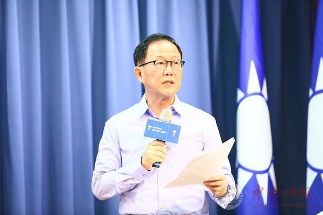 """丁守中谈""""观塘案""""争议:民进党公信力尽失应回炉重炼"""