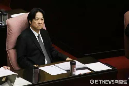 """赖清德""""百转千回""""请辞成功?苏贞昌将重出江湖?"""