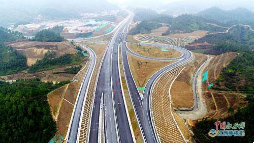 广昌至吉安高速通车 车程可缩短一个半到两个小时